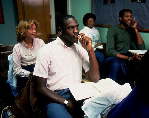 Michael-jordan-sam-perkins(5)